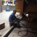 Jacking the generator with one of our hydraulic jacking systems.