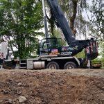 90 ton crane.