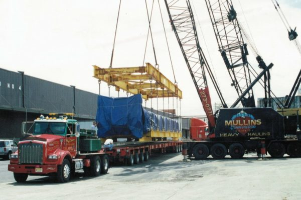 Mullins Rigging loading of components of Co-Gen plant in Athens, N.Y. at the Port of Albany. Weight: 96 tons.