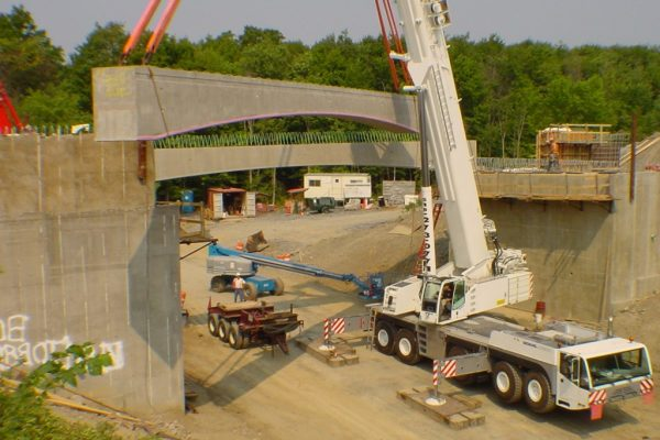 Mullins Rigging Arched Box Beam (Precast Concrete) 56 Tons – Ghent, N.Y.
