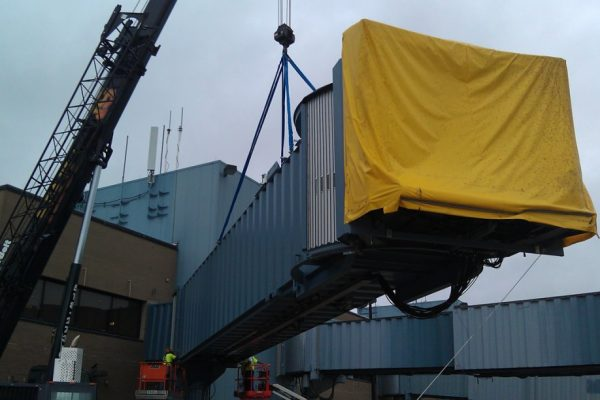 Mullins Rigging Jet way replacement – Albany Airport