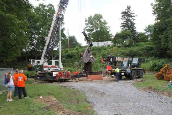 Mullins Rigging installation of 9/11 Memorial – Saratoga Springs, N.Y.
