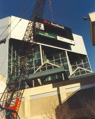 Mullins Rigging Sign Installation at Knickerbocker Arena